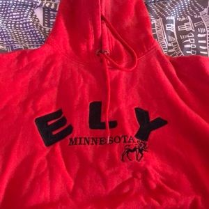 Ely red sweatshirt